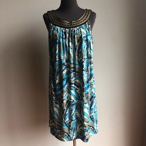 Tiana B. sz L multi colored shift dress